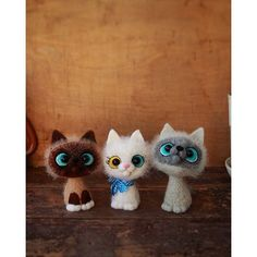 Cute Needle felted wool animal cats (Via @cho_oyu)