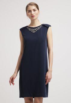 ffab0061ab20 27 jättebra Underbara kläder! bilder | Man women, Dress suits och ...