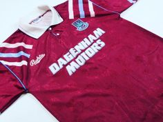 #MNF sees #whufc take on #newcastleunited, we fancied taking a trip down memory lane to look at this #westham #classicfootball shirt from the early 90s.  #classicfootballshirts #classicfootballjerseys #vintagefootballshirts #vintagefootballshirt #oldfootballshirts #oldfootballshirt #retrofootball #retrofootballshirts