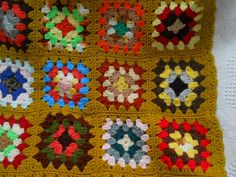 Vintage Crocheted GRANNY SQUARE AFGHAN Throw by JoannesJunque