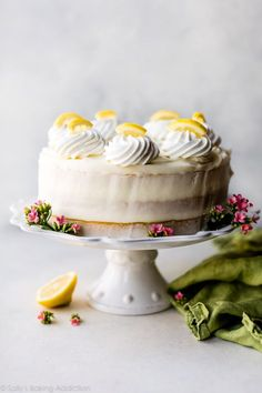 Moist lemon cake with creamy lemon cream cheese buttercream frosting! Moist lemon cake with creamy lemon cream cheese buttercream frosting! Lemon Layer Cakes, Layer Cake Recipes, Cupcake Recipes, Dessert Recipes, Lemon Cakes, Lemon Desserts, Lemon Recipes, Just Desserts, Delicious Desserts