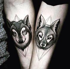 Парные татуировки сделают ваши отношения особенными. Это новые эмоции и связь на всю жизнь. Просмотри все фото и покажи своей половинке