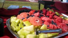 Red and green are some of our favorite colors to eat. Brighten up your day with a great fruit platter to crush that sweet tooth craving. #healthingeating #fruits #healthfood #OCcatering