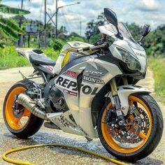 Honda Motor Company, #HondaCBR1000RR #Wheel #MotorcycleFairing #Motorcycle Tire, BMW S 1000 XR, Honda Fireblade - Follow #extremegentleman for more pics like this!