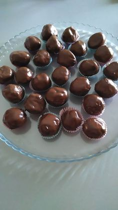Chocolate Caramels, Chocolate Cake, Indian Food Recipes, Vegetarian Recipes, Greek Cookies, Greek Desserts, Food Snapchat, Sweets Cake, Chocolate Decorations