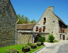 Le Portail de Chambres d'Hôtes, Gîtes & Meublés de Tourisme http://www.trouverunechambredhote.com vous fait découvrir les Villages de France et d'Outre-mer ainsi que les hébergements à proximité. Aujourd'hui c'est  le  Village de FLAGY en SEINE ET MARNE. FLAGY est un un ancien lieu fortifié. Le village a été construit au XIIe siècle sur l'ordre de Louis VII en 1130.