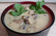 A simple mushroom sauce. Suitable for many dishes.