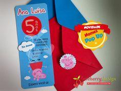 O convite Peppa Pig faz um sucesso. Em pop up para dar mais graça neste tema lúdico e divertido. www.loveberrydesign.com