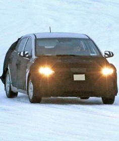 REINES HYBRIDMODELL ERWISCHT Kann Hyundai auch Prius? Die Koreaner knöpfen sich den Hybrid-Pionier von Toyota vor