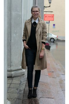 tan-trench-coat-h-m-coat-blue-skinny-house-jeans-black-cubus-sweater_400.jpg (400×600)