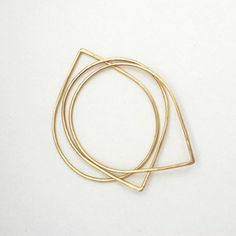Style: Minimal + Classic: gold skinny rings by fay andrada