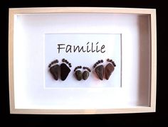 Stone Pictures Pebble Art, Stone Art, River Rock Crafts, Diy Gifts, Best Gifts, Shadow Box Picture Frames, Pebble Art Family, Beach Stones, Pallet Art