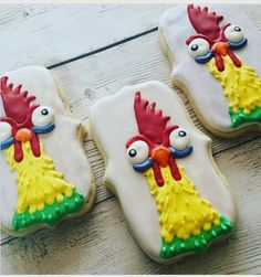 "@thecookieduchess on Instagram: ""HeiHei, how are you? When I was asked to make #moanacookies, I knew the chicken had to part of the set! #favouritecharacter. I also made…"""