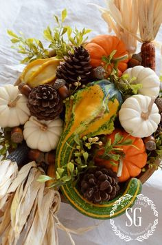 5 MINUTE FALL DECOR DIY from the sweet and lovely Yvonne at StoneGable