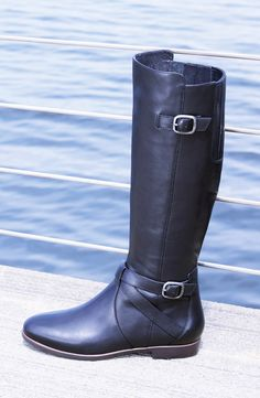 Getting ready for fall. Sliding these Ugg Australia riding boots on next season!