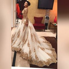 Luxurious Gold Lace Appliques 3/4 Sleeves V Neck Ball Gown Tulle Wedding Dress,Big Prom Dress,N309 #ballgown #wedding #fashion #applique #weddingdress #bridaldress