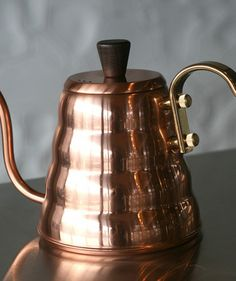 Hario Copper Buono Kettle is the perfect tool for pourovers with the V60 setup.