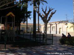 Lugares con juegos infantiles en #ElCampello: El parque de la Trinidad (archivo) #archivo http://blgs.co/w5t_-E