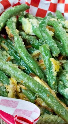 Oven Fried Garlic Parmesan Green Beans ~ These luscious looking cheesy, garlicky green beans are baked not fried and full of flavor!