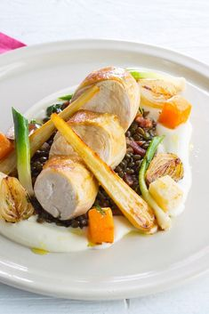 Michael Caines serves up pan-fried chicken breast with a lentils a la Française recipe in this elegant main course. Gourmet Recipes, Healthy Recipes, Healthy Options, Fried Chicken Breast, Chicken Breasts, Main Course Dishes, Great British Chefs, Breast Recipe, Food Plating