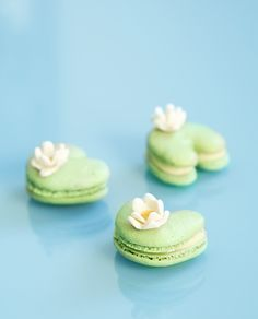 Lilly Pads-I know this isn't cake but it's too cute not to pin.