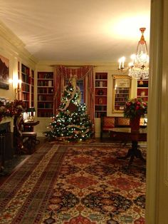 The tree inside the China Room at @The White House.  #whsocial