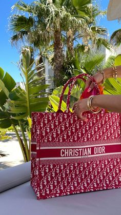 Summer Baby, Summer Girls, Kylie Jenner, Summer Bikinis, Rich Girl, Summer Aesthetic, Tans, Luxury Bags, Chanel Boy Bag
