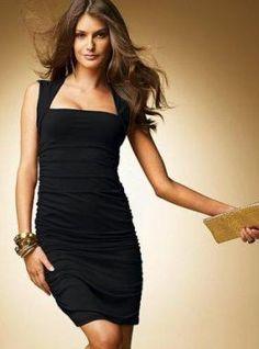 коктейльное маленькое черное платье