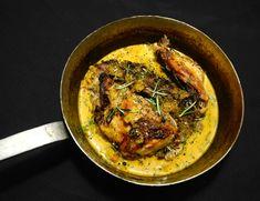 Geschmortes vom Huhn in einer aromatischen Sauce aus Pfirsich, getrockneten…