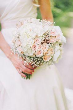 De 55 mooiste bruidsboeketten: onderscheidend en elegantie voor op uw bruiloft! Image: 24