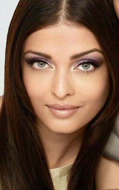 aishwarya rai beautiful eyes and lips Mangalore, Aishwarya Rai Photo, Aishwarya Rai Bachchan, Miss World, Beautiful Eyes, Most Beautiful Women, Models, India Beauty, Woman Face