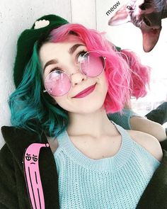 Pink for days. Pink for days. Related posts: pastel pink hair inspo pink, bridal hair accessories to inspire hairstyle low updo with white and pink flowers annamelostnaya via SKIP BAD HAIR DAYS! 😍 I could see doing this with curled hair to add volume. Pretty Hairstyles, Girl Hairstyles, Drawing Hairstyles, Hair Inspo, Hair Inspiration, Girl Hair Colors, Hair Colour, Pink Color, Pink Blue