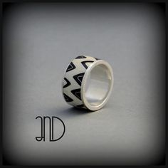 Silver ring decorate with enamel cloisonne. www.facebook.com/ANDcli