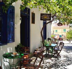 Lovely cafe in Symi island, Greece Beautiful Islands, Beautiful Places, Greek Cafe, Samos Greece, Sidewalk Cafe, Skiathos, Coffee Places, Cafe Bar, Greek Islands