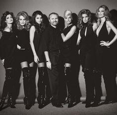 Stephanie Seymour, Karen Mulder, Helena Christensen, Gianni Versace, Linda evangelista, Cindy Crawford, Claudia Schiffer   Photo Herb Ritts