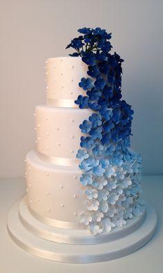 Blue ombre flowers wedding cake by www.flossiepopsca… Blue ombre flowers wedding cake by www. Royal Blue Wedding Cakes, Floral Wedding Cakes, Fall Wedding Cakes, Wedding Cakes With Flowers, Beautiful Wedding Cakes, Gorgeous Cakes, Wedding Cake Designs, Cake Flowers, Royal Blue Cake