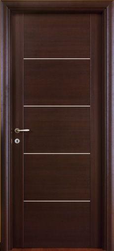 #Porte interne modello 1C.4I in #legno listellare. Rivestimento esterno in #Laminato. #Colore: Wenge'. #Linea Complano - Catalogo Motivo.
