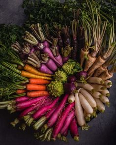 Colorful root and other veggie bounty. If you& seen my stories then ya know I& currently having an epic Cairo adventure but woke up& Fruit And Veg, Fruits And Vegetables, Root Veggies, Photo Fruit, Whole Food Recipes, Vegan Recipes, Vida Natural, Fabulous Foods, Food Styling