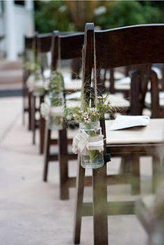 Fin ide til pynt Trendy Wedding, Unique Weddings, Dream Wedding, Wedding Stuff, Wedding Flowers, Aisle Flowers, Rustic Weddings, Chic Wedding, Wedding Things
