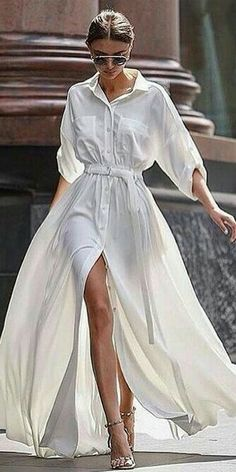 Little White Dresses to Shop Now Weißes Kleid / Streetstyle Mode / Fashion Week Week Mode Outfits, Fashion Outfits, Womens Fashion, Dress Fashion, Skirt Outfits, Woman Outfits, Fasion, Latest Fashion, Fashion Trends