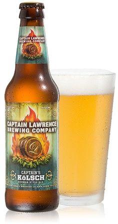 Cerveja Captain Lawrence Captain's Kölsch, estilo Kölsch, produzida por Captain Lawrence Brewing Company, Estados Unidos. 5% ABV de álcool.