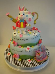 Torta Alicia by Pastelera Bakery Shop, via Flickr