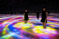 teamLab is artist collaborative, interdisciplinary creative group that brings together professionals from various fields of practice in the…