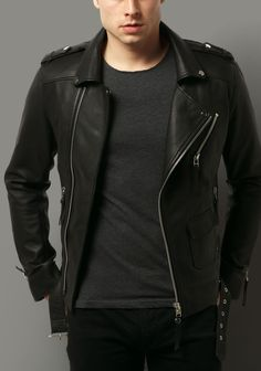 Biker Jacket New Arrival Men Real Lambskin Premium Quality Leather Motorcycle 06 Leather Jacket Outfits, Denim Jacket Men, Leather Jackets, Chic Winter Outfits, Moda Casual, Mens Clothing Styles, Outerwear Jackets, Sport Outfits, Menswear