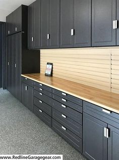 Amazing Garage Solutions has custom garage cabinets to organize your garage with garage cabinet choices, 12 powder-coated colors, and a lifetime warranty. Plan Garage, Garage Tools, Diy Garage, Garage Workshop, Garage House, Garage Closet, Garage Storage Systems, Garage Storage Solutions, Garage Cabinet Systems