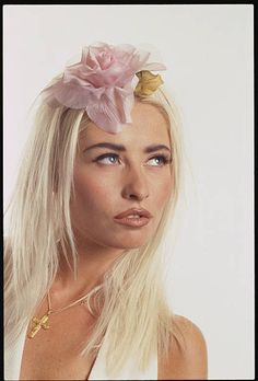 Wendy James, Transvision Vamp, 90s Girl, Punk Princess, Pop Bands, Stock Pictures, Most Beautiful Women, Royalty Free Photos, Music Artists