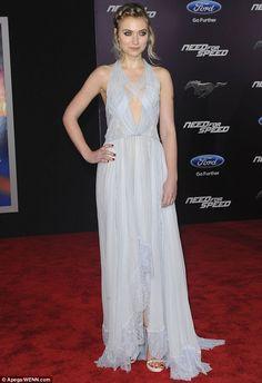 Imogen Poots in a #NinaRicci #dress