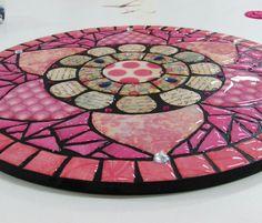 Imitacion mosaico hecho con papel y liquido dimensional