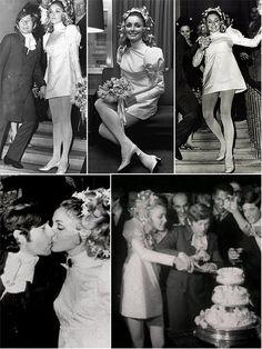 wedding Celebrity/iconic brides through the years: Sharon Tate/Roman Polanski wedding in Mini wedding dresses were all the rage! Famous Wedding Dresses, Mini Wedding Dresses, Wedding Dress Gallery, Wedding Pics, Dream Wedding, Celebrity Wedding Photos, Celebrity Weddings, Celebrity News, Celebrity Style
