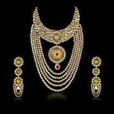 Polki Set, Necklace with Pendant and Earring.... such a Timeless piece